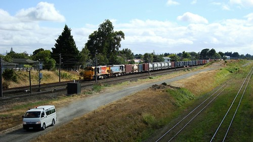 dftclass palmerstonnorth kiwirail nzr locomotive diesellocomotive railway railroad tranzrail toyotahiace