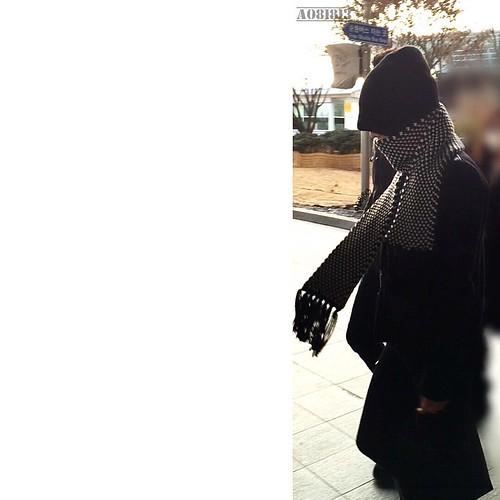 G-Dragon - Incheon Airport - 10jan2015 - a081813 - 07