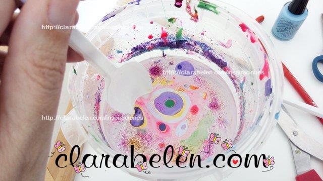 Como hacer tecnica marmoleado con esmaltes de uñas en cucharas de plástico
