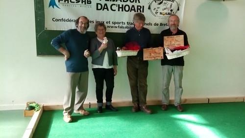 11/04/2015 - Guérande : Les finalistes du concours de boules plombées en doublettes mêlées