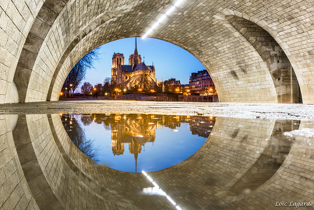 The Eye of Notre Dame de Paris by night