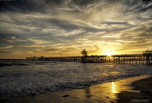 ocean california sunset clouds waves pacificocean socal southerncalifornia orangecounty sanclemente sanclementepier cloudsstormssunsetssunrises