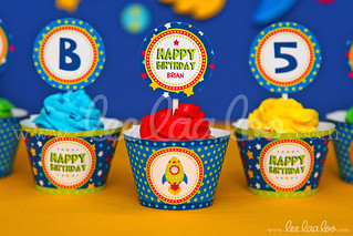 20a - Space Rocket - Party Circle & Cupcake Wraps - B44
