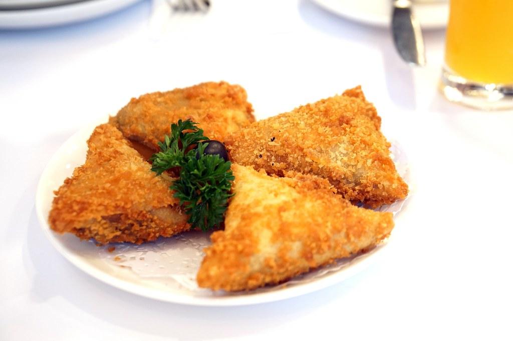 batch_review - Escada Portuguese Restaurant - food