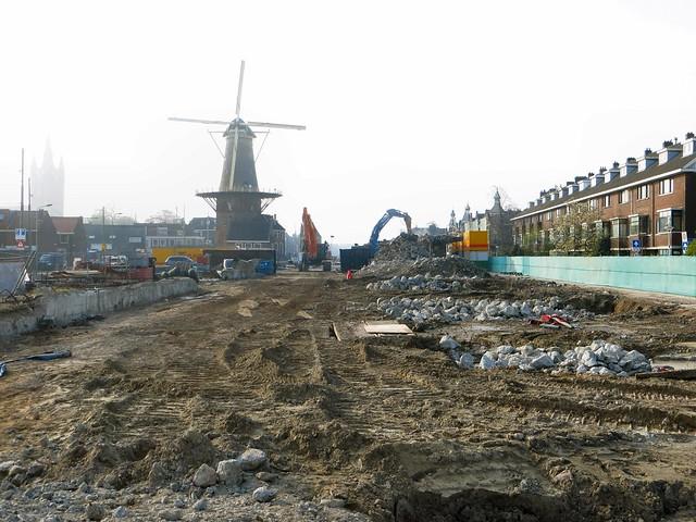 20150424 Delft, Kampveldweg / Wateringsevest -  sloop spoorviadcut