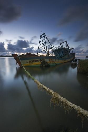 sunset boat kuala kelantan besar