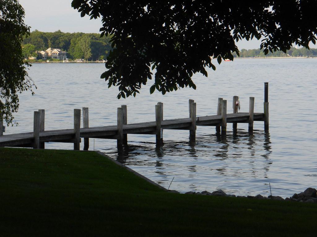 Hotels Near Ottawa Lake Michigan