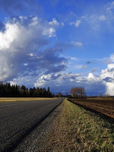road blue trees sky nature clouds landscape sony perspective latvia lettland aluksne latvija lettonie alūksne hx400v