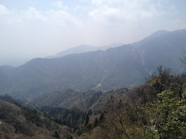 釈迦ヶ岳 中尾根登山道 振り返り