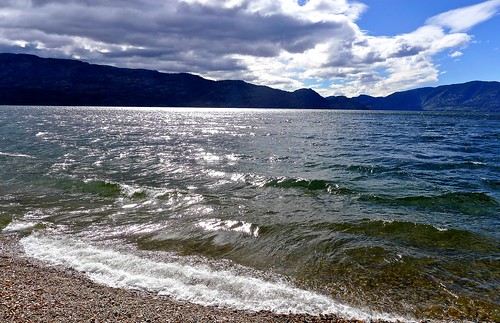 lake canada beach water landscape britishcolumbia okanagan wave panasonic shore sparkling peachland lx5 nigeldawson dmclx5 jasbond007 copyrightnigeldawson2015