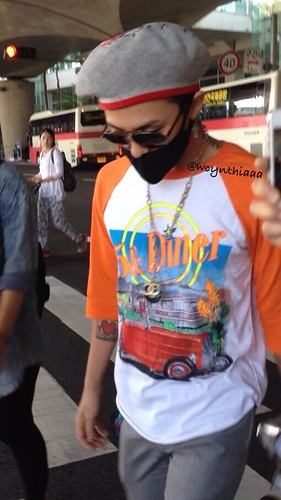 GDragon_IncheonAirport_returningfromParis-20140701 (5)