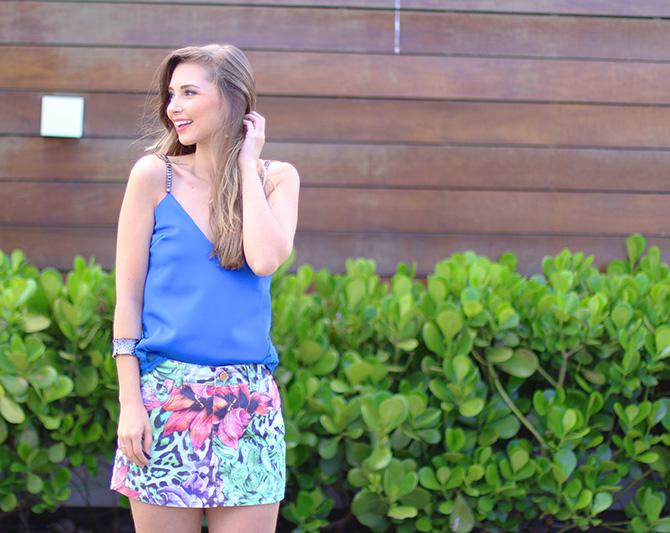 05-saia jeans colorida estampada e blusa azul naguchi verão blog sempre glamour