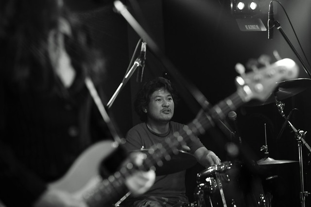 RoundFace live at 獅子王, Tokyo, 25 Mar 2015. 557