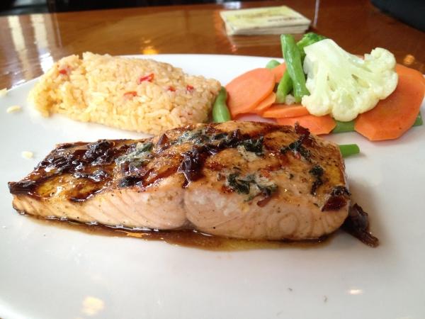 outback-steakhouse-salmon
