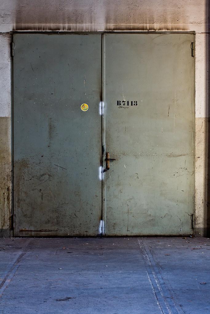 the door III // lössnitzstraße dresden