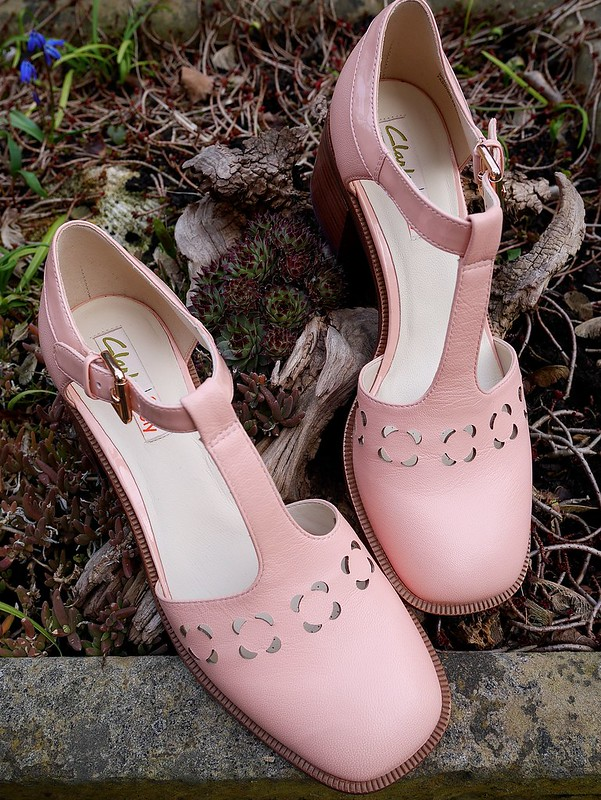 fashion blogger orla kiely bibi shoes clarks review