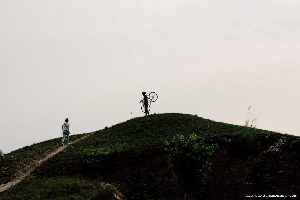Untitled 白茅草 踩單車就是可以找到這樣的仙境﹣白茅草失樂園 17078975687 56721760e9 o