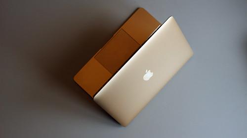 ヤフオクで中古MacBookを売買する時の落札相場情報まとめ