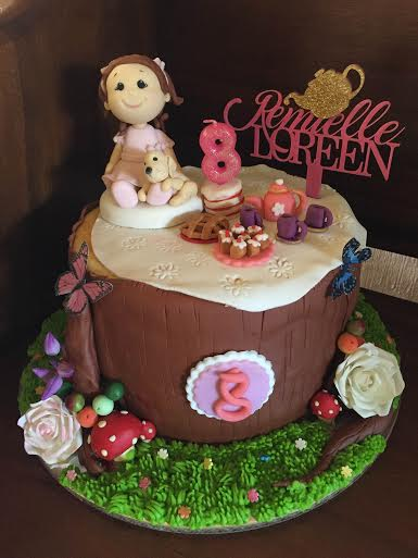 Cute Cake by Ginalyn Jover