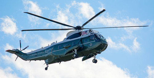 Marine One coming in to land at the White House on 3/30/2015