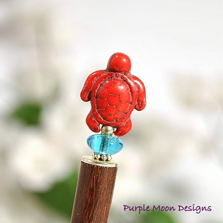 red turtle hair stick