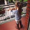 'Wow, non ho mai suonato sul balcone di nonna con gli stivali di nonna'