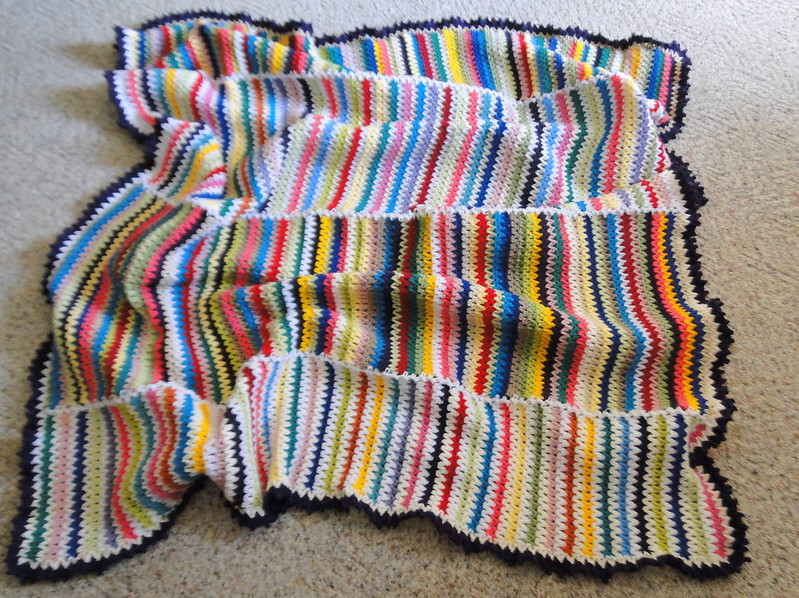 scrappy v-stitch blanket finished!!
