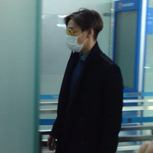 TOP - Incheon Airport - 13mar2015 - tracydr - 01