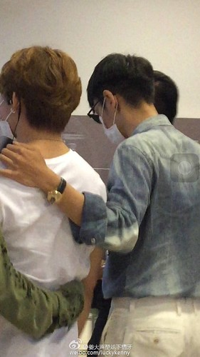 BIGBANG wout Seungri departure Seoul to Tokyo 2016-08-26 (46)