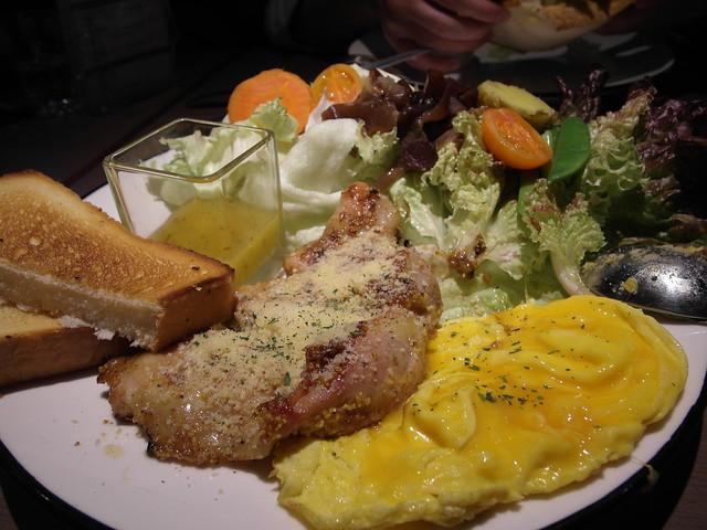 迷迭香煎帕瑪森雞腿 $350@樂樂小時光有機食材餐廳(附有親子遊戲區)