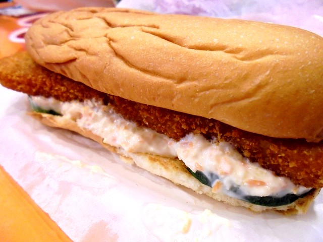 Sugar Bun fish sandwich 3