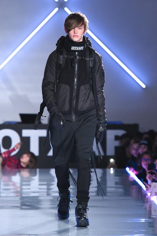Robbie McKinnon3021_FW15 Tokyo Onitsuka Tiger × ANDREA POMPILIO(Fashion Press)