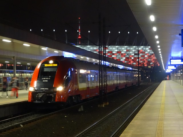 Warszawa - SKM - Stadion Narodowy