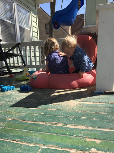 sisters sandbox