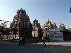 印度的寺院 - naniyuutorimannen - 您说什么!