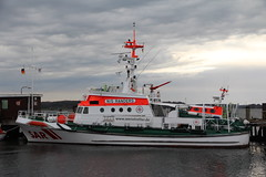 united states coast guard cutter(0.0), ferry(0.0), freight transport(0.0), anchor handling tug supply vessel(0.0), pilot boat(0.0), fishing vessel(0.0), patrol boat(0.0), tugboat(0.0), vehicle(1.0), ship(1.0), research vessel(1.0), harbor(1.0), fireboat(1.0), watercraft(1.0), boat(1.0), coast guard(1.0),