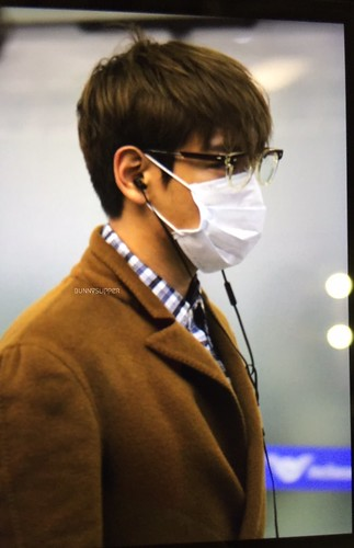 TOP - Incheon Airport - 05nov2015 - bunnyslipper - 03