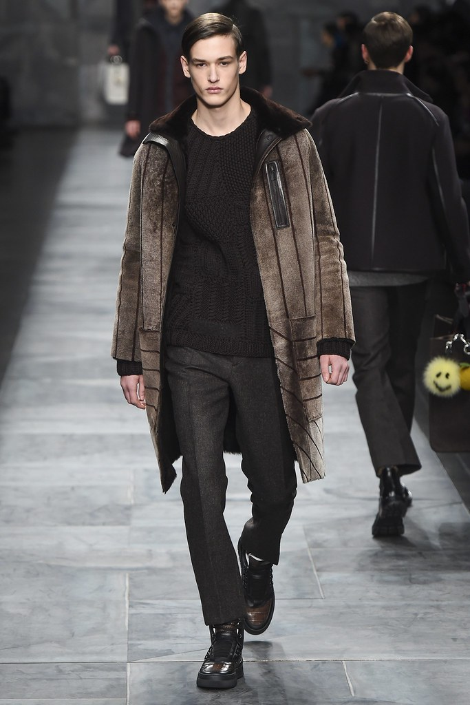 FW15 Milan Fendi016_Jegor Venned(VOGUE)