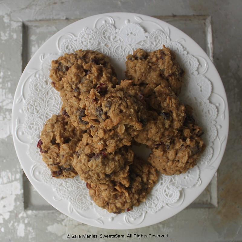 Oatmeal Raisin Cranberry Cookies-IMG_5492