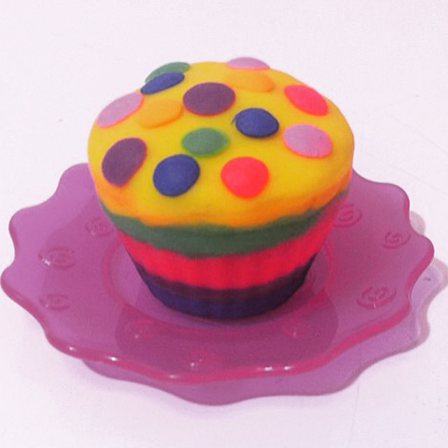 İzle | Watch ► http://youtu.be/F5iFxCWcg0c  Play Doh Oyun Hamuru Cupcake Yapımı  Play Doh Rainbow Cupcake with Candy  #playdoh #oyunhamuru #cupcake #rainbow #playdough #howtomake #handmade #creative #design #forkids #kids #toys #çocuk #oyuncak #oyunhamuru
