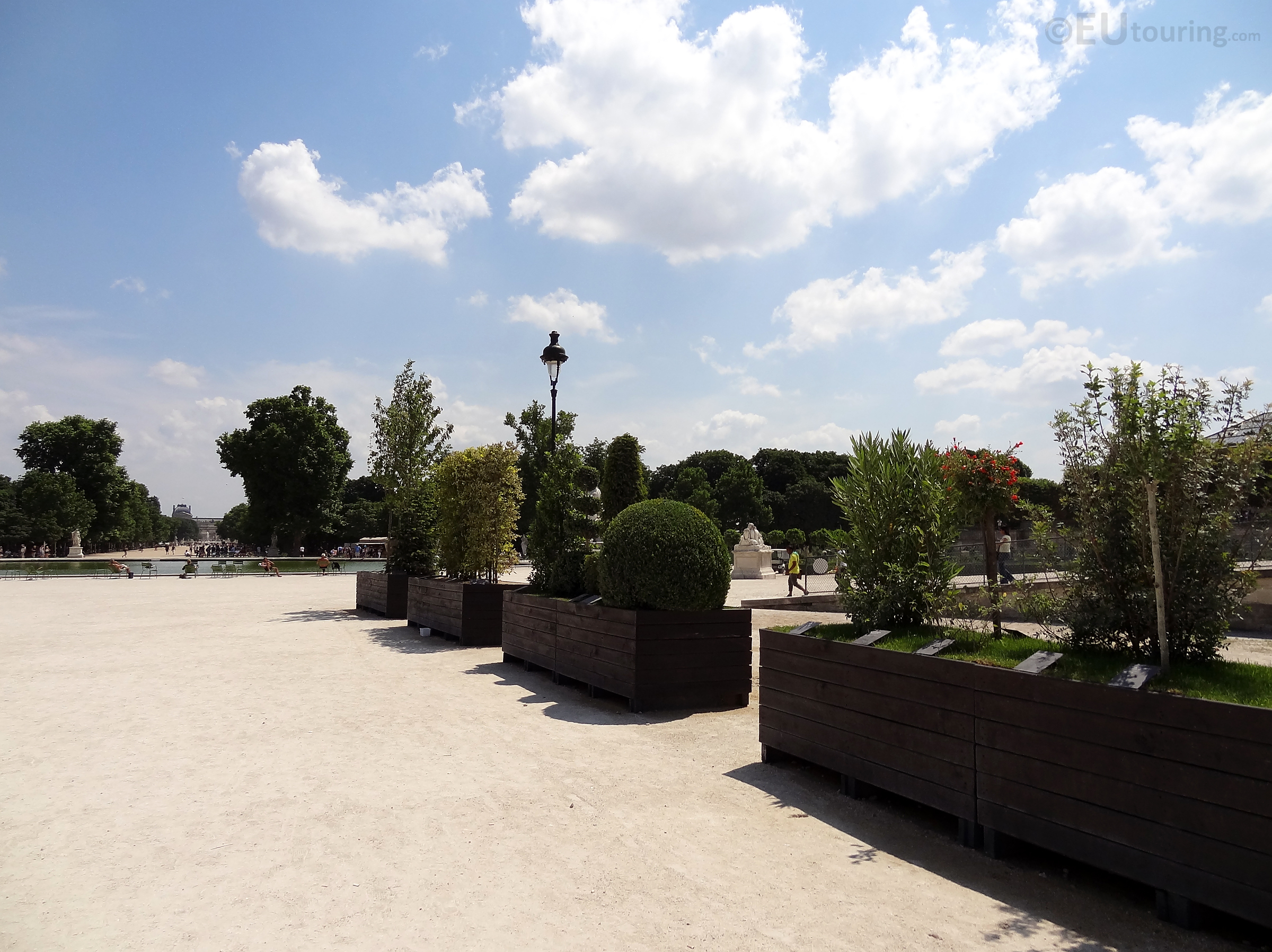 Walkway through the Tuileries