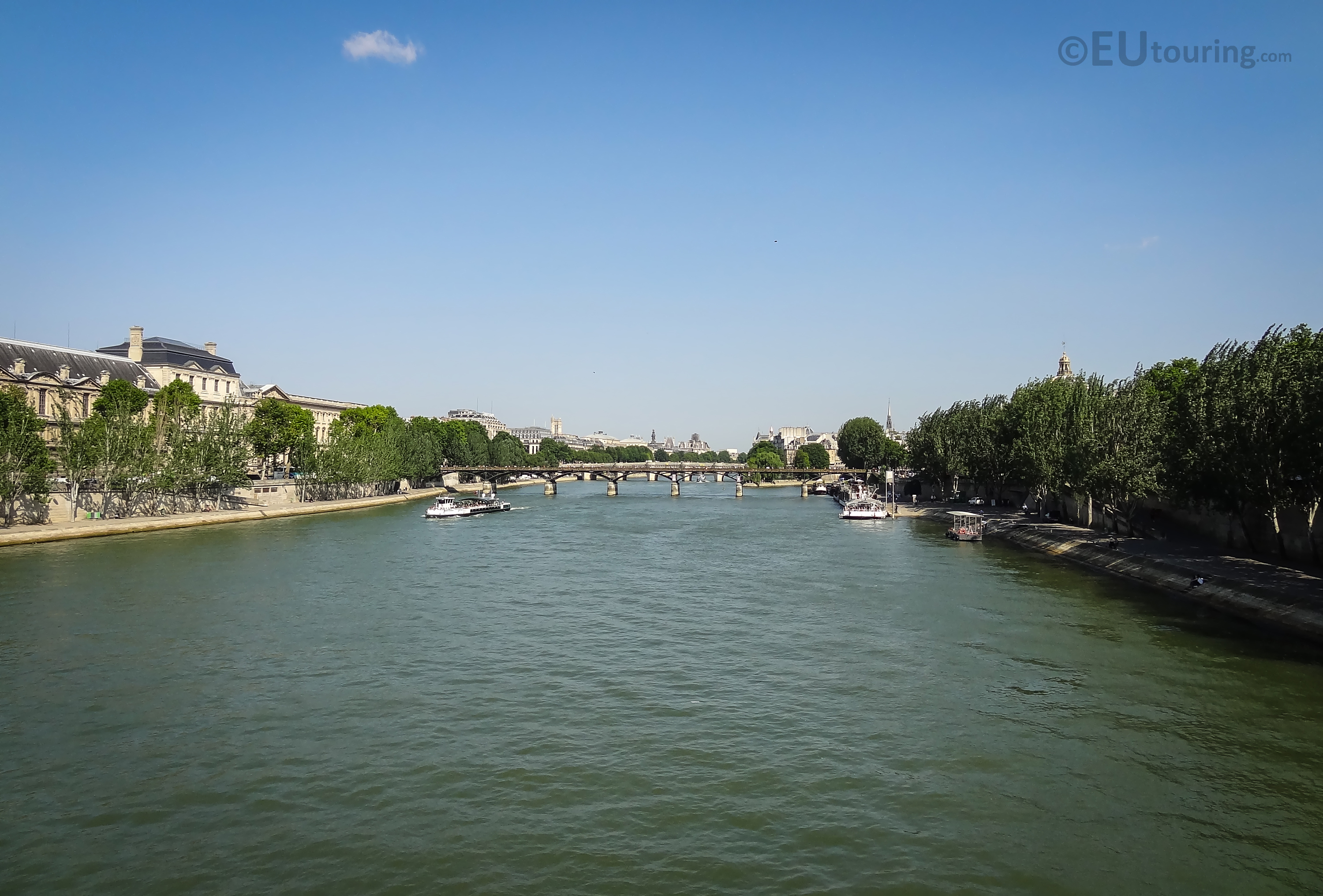 Pont du Carrousel view