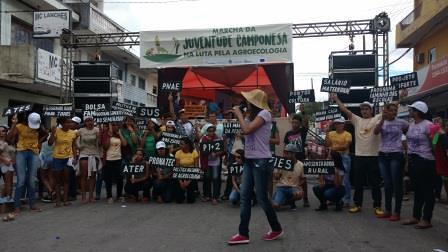 Jovens paraibanos marcham por direitos | Foto: Ylka Oliveira