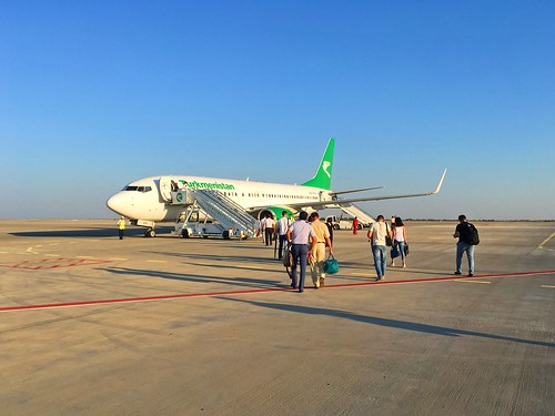 turkmenistan dashoguz airport aircraft boeing boeing737 airlines turkmenistanairlines summer