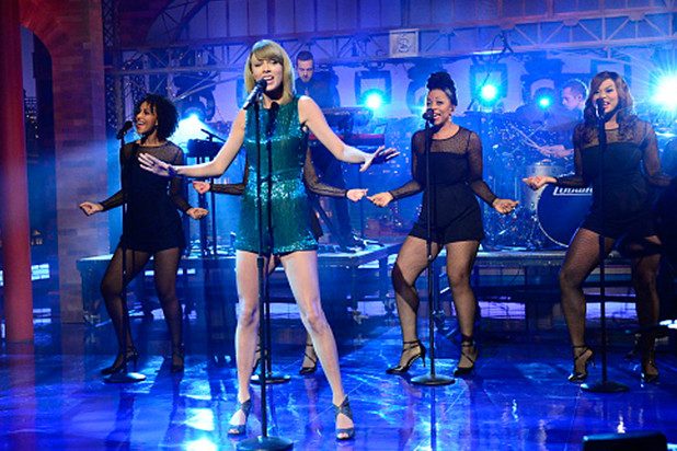 Taylor-Swift-on-the-Late-Show-With-David-Letterman