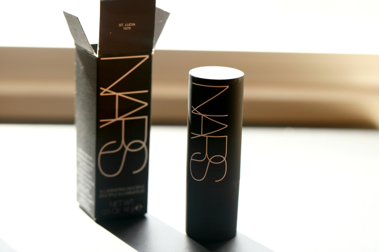 NARS Illuminating Multiple Stick St. Lucia, nars the multiple, NARS Illuminating Multiple Stick St. Lucia review, nars eye-opening act review, nars eye-opening act collection, nars nederland, nars webshop, nars europa, nars multiple stick, nars st. lucia, highlighter, multifunctioneel, beautyblog, fashion is a party, fashion blogger