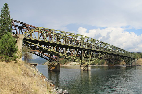 washington columbiariver washingtonstate us395 haer historicbridge nationalregisterofhistoricplaces kettlefalls historicamericanengineeringrecord trussbridge stevenscounty nrhp ushwy395 ferrycounty throughtruss usroute395 cantilevertruss thrutruss cantileverthroughtruss