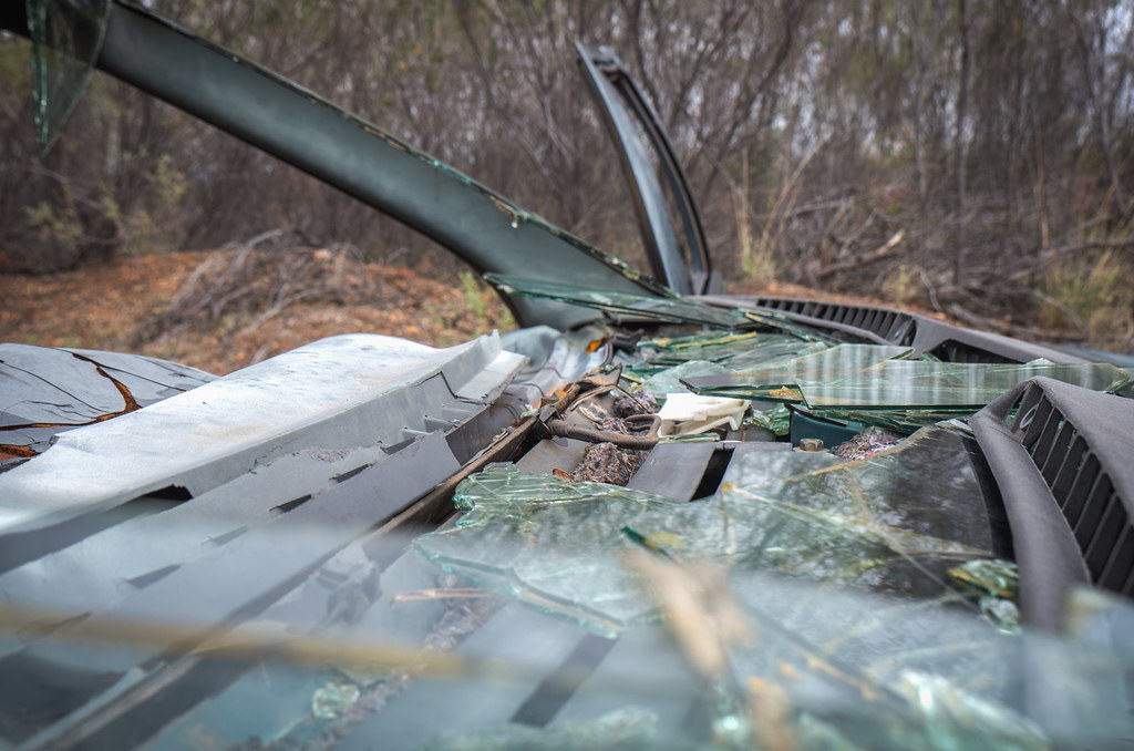 Abandoned rusty cars in the Northern Territory-8
