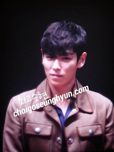 TOP-StageGreetings_Day2-20140907_(114)
