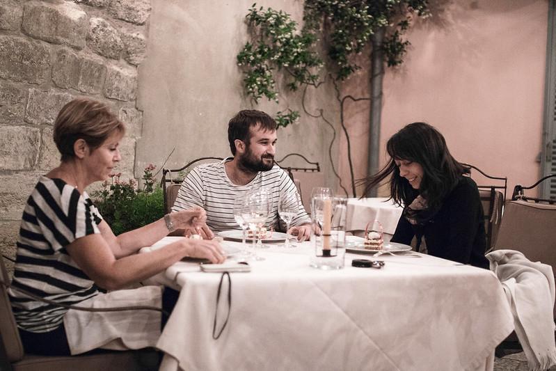 Provence cyling Avignon la Mirande restaurant 6